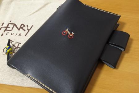 ほぼ日手帳 アンリさんの革カバー 写真